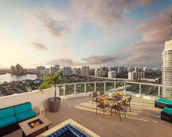 Luxury Hotels In North Miami Beach Penthouse Suites