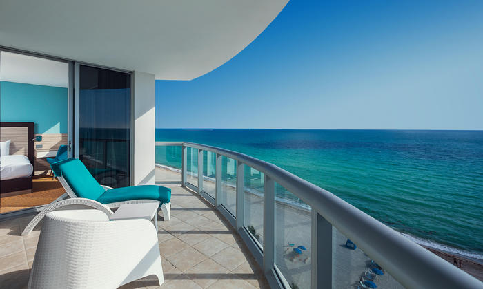 Deluxe One Bedroom Oceanview Balcony